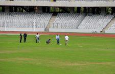 Astfel arăta gazonul de pe Cluj Arena marți, la inspecția oficialilor UEFA și FRF (Foto Dan Bodea)