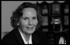 Regina Ana,   soţia regelui Mihai,   a decedat luni,   1 august,   la vârsta de 92 de ani