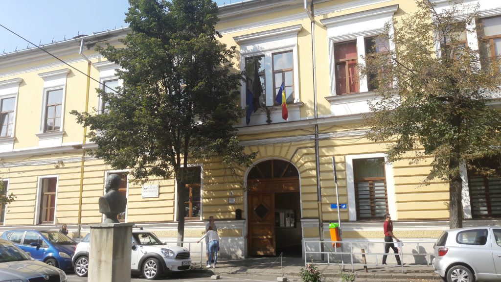 "Colegiul Național ""Emil Racoviță""/ Foto: Maria Man"