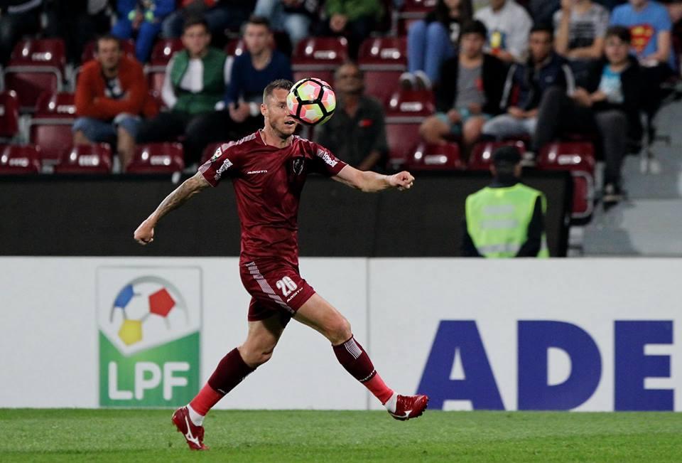 Cristi Bud a marcat primul lui hattrick din acest sezon, împotriva celor de la FC Volunatri / Foto: Dan Bodea