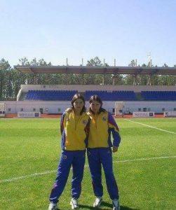 Claudia si Diana Buză