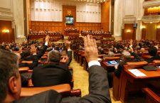 Moțiunea de cenzură împotriva Guvernului Cîțu va fi dezbătută mâine în Parlament
