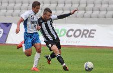 Dorin Goga (foto, în alb și negru) a dat un gol și o pasă de gol în victoria Universității, scor 2-0, cu Ardealul Cluj / Foto: Dan Bodea
