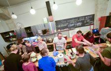 Săptămâna Europeană pentru Reducerea Risipei, marcată la Cluj printr-o serie de dezbateri și o cină comunitară