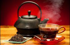 Efectele benefice ale ceaiului pentru organism se datorează flavonoizilor, compuşi care se mai găsesc în citrice, ceapă şi soia.