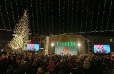 Diseară se deschide Târgul de Crăciun din centrul Clujului