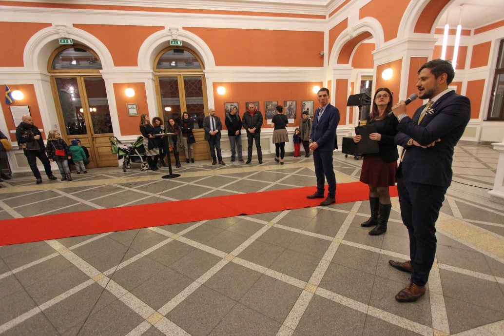 La vernisajul expoziției a fost prezent și Alexander Peyre,   Adjunct al Șefului Misiunii,   Afaceri Politice,   Comerciale și Culturale de la Ambasada Suediei la București/ Foto: Dan Bodea