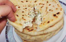 Plăcinte ardeleneşti cu brânză şi mărar