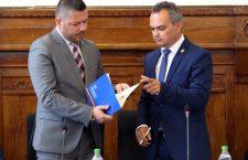 Noul prefect al Clujului, Ioan-Aurel Cherecheș, a fost investit în funcție/ Foto: Dan Bodea
