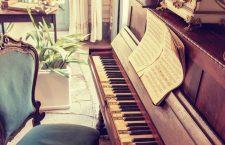 """Pianul a fost inventat în jurul anului 1700 și se numea la început """"pianoforte"""", cuvântul fiind prescurtat ulterior."""