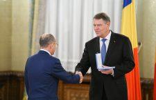 Preşedintele Iohannis i-a acordat neurologului clujean Dafin Mureşanu Ordinul Naţional 'Serviciul Credincios' în grad de Cavaler