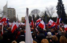 Manifestație în sprijinul democrației, la Varșovia | Foto: wikimedia.org