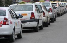 În sfârșit! Taximetre nepoluante și dotate cu GPS, de la 1 ianauarie. Vom putea plăti cu cardul cursele de taxi