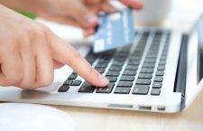 """Românii, """"la cozi"""" în magazinele online. 7,5 milioane de euro, cifra cumpărăturilor zilnice"""