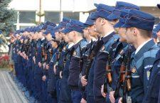 """1.600 de candidaţi se """"bat"""" pe 300 de locuri la Şcoala de Poliţie din Cluj"""