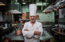 Paul Bocuse a scris pagini importante din istoria gastronomiei mondiale, alături de alți maeștri, precum Auguste Escoffier sau Marie-Antoine Carême.