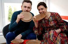 În urmă cu câteva luni, Maria și Lukasz Lichtenberg au adus la Cluj-Napoca produsele Biotrem. (FOTO: Dan Bodea)
