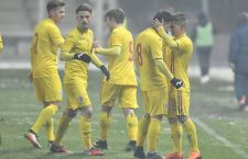 Olimpiu Moruțan (foto, cu numărul 8) a marcat golul de 2-0 în victoria României contra Serbiei (4-0), din pasa lui Marco Dulca
