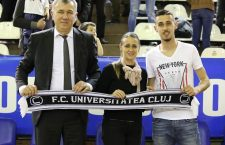 Dorin, Magda și Adrian Pintea (foto, de la stânga la dreapta) sunt o familie de performeri. Tatăl fost baschetbalist, mama multiplă campioană de gimnastică, iar mezinul aspirant la glorie în fotbal / Foto: Dan Bodea