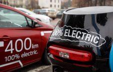 Primăria cumpără trei mașini electrice pentru Poliția locală