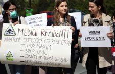 Managerii de spitale pun în braţele guvernului nemulţumirile salariale ale angajaţilor