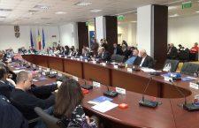 Consilierii județeni au votat efectuarea unui audit privind activitatea Aeroportului Cluj-Napoca din ultimii patru ani