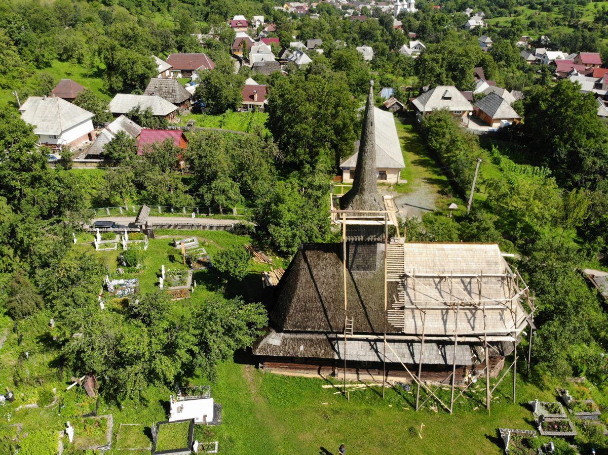 """Biserica de lemn din Budești Susani cu hramul """"Sfântul Nicolae"""" /Foto: Cristina Beligăr"""
