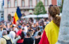 Păreri împărțite printre protestatarii din Cluj, după revocarea șefei DNA