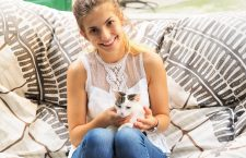 """Angela și Romeo își așteaptă clienții în Timișoara, """"La pisici"""""""
