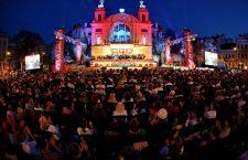 """VIDEO/FOTO: Sute de clujeni la spectacolul de început de stagiune """"La Operă"""". Moment emoționant dedicat maestrului Dumitru Fărcaș"""