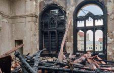 Ortodocșii clujeni donează 80.000 de lei pentru refacerea Palatului Episcopal greco-catolic de la Oradea
