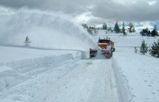 Drumurile din Cluj, afectate de zăpadă și polei