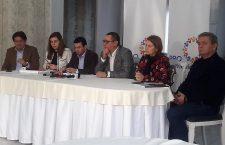 Ponta spune că viaţa politică este blocată cu discuţii despre viaţa lui Dragnea