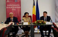 Modernizarea învățământului românesc, înc-o sforțare! Table și tablete smart pentru elevii români