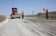Lucrările la toate drumurile județene ar urma să fie gata în 2020 | Foto: Dan Bodea