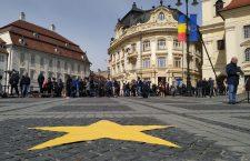 Piața Mare din Sibiu, în așteptarea liderilor europeni și naționali | Foto: Bogdan Stanciu
