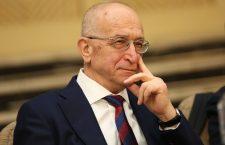 """Derivate din prezent. Interviu cu scriitorul și istoricul Grigore Arbore: """"Despre ce se întâmplă în Europa și România merită să ne punem câteva întrebări"""""""