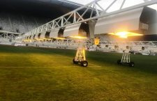 Trei noi unităţi de fotosinteză artificială pentru gazonul de pe Cluj Arena