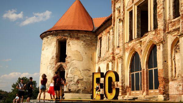 Galerie Foto   Start la distracție. Experiențe unice pentru participanții la Electric Castle 2019