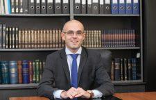 Despre Coduri și alți demoni ai justiției, interviu cu avocatul și lectorul universitar Daniel Nițu