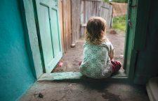 10 milioane de euro pentru copiii rămași acasă. Uniunea sprijină copiii emigranților economici