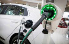 Primăria Cluj-Napoca va acorda noi autorizații de taxi doar mașinilor electrice