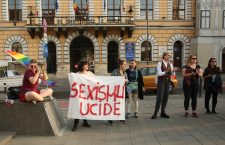 Abuzul împotriva femeilor, o problemă răspândită. În dezbatere publică, brățările electronice pentru agresori