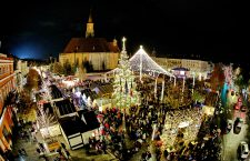 Galerie foto | S-a deschis Târgul de Crăciun. Weekendul festiv continuă cu spectacole și concerte