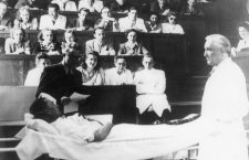 Facultatea de Medicină din Cluj-Napoca împlinește 100 de ani de învățământ în limba română