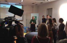 Lansarea platformei PressHUB Market, în centru, directorul FHR, Cristina Guseth | Foto: PressHub