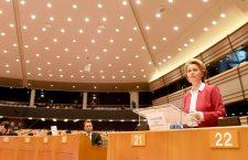 Urusla von der Leyen în plenul Parlamentului European | Foto: UE