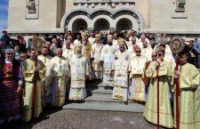 Preoțimea ortodoxă din Cluj a donat aproape 200.000 de lei Spitalului de Boli Infecțioase