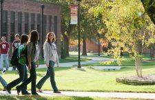 Numărul de studenți români în străinătate este de aproximativ 50.000