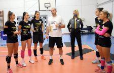 "ACS Volei Turda, două victorii la Craiova. ""U"" Cluj a pierdut primul meci din turneu"